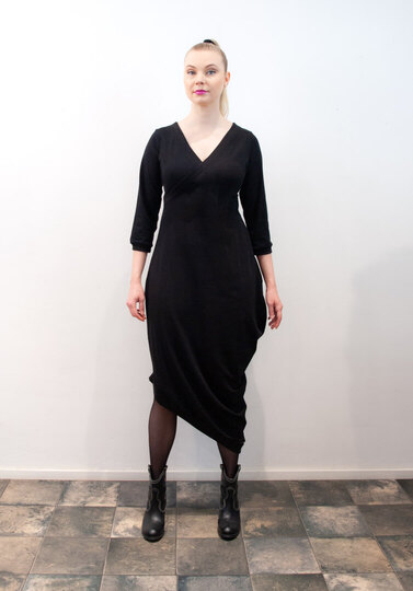 0 Beehive II Dress Wrap Black