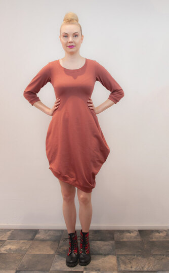 0 Beehive II Petit Dress Mellow Rosewood