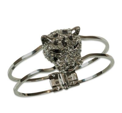 0 Princess Lea bracelet Gun