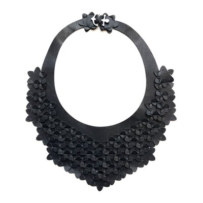 0 The Classic Necklace Solid Black