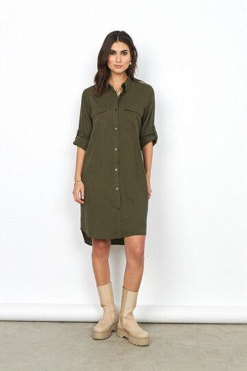 0 ina shirt green