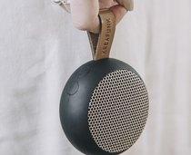 0 aGo Bluetooth-kaiutin Musta/Black